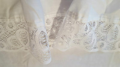 """Queen Size White Lace Bedskirt ~ 94""""l X 87""""w ~ 14"""" Gathered Drop ~3"""" Lace Border"""