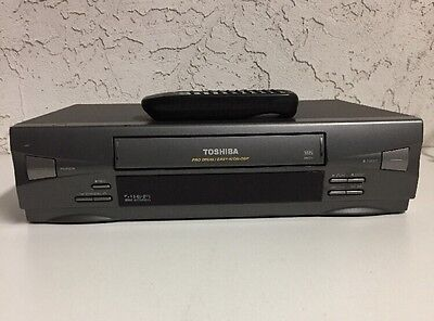 Toshiba M-624C HIFI Stereo VHS VCR Video Cassette Recorder Player with Remote