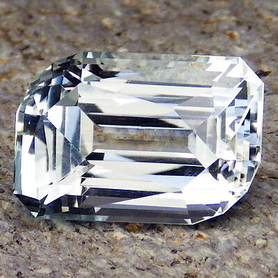 UNTREATED BLUE TOPAZ-NAMIBIA 17.64Ct FLAWLESS-LARGE-HAND FACETED IN EU-INVESTMEN