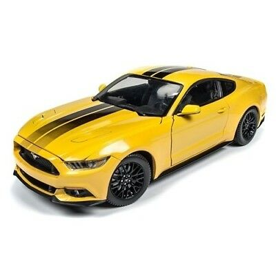 2016 Ford Mustang Gt 1:18 Scale Diecast Model Aw229 Triple Yellow