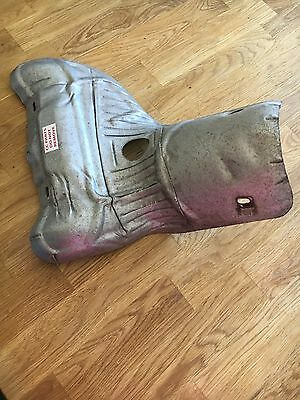 2008 Ford Focus 04-11 , Exhaust Manifold + Catalytic Converter Heat Shield.
