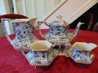 Staffordshire Unmarked Classic Floral Tea Set (5 Pieces) In Good Condition