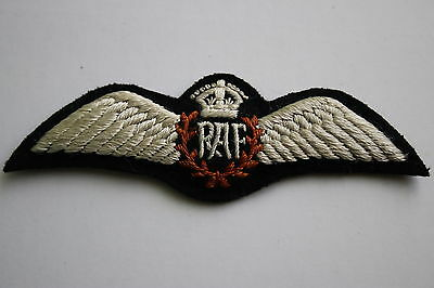 Superb Copy Ww2 Raf Royal Air Force Pilot's Wing  In Silk Cotton Padded