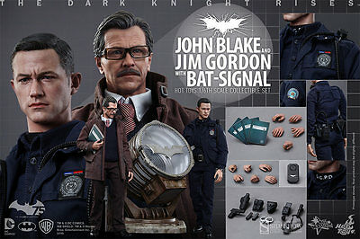Hot Toys Batman John Blake & Jim Gordon With Bat-Signal 1:6 Figure Set ~Sealed~