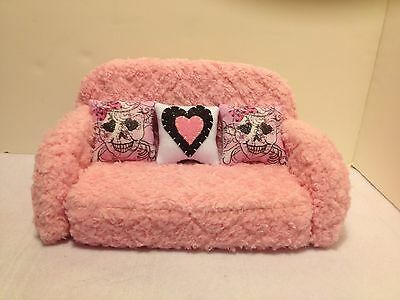 Pink Chenille Sofa For Barbie, Monster High Or Bratz Dolls