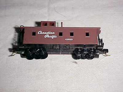 N Scale Canadian Pacific Caboose