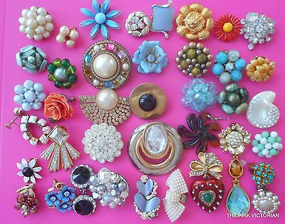 VINTAGE single mismatch EARRING 40pc LOT COLORFUL assortment some SIGNED PN4673