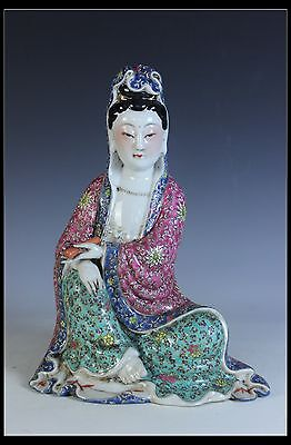 Fine Rare Chinese Beautiful Famille Rose Porcelain Carved Kwan-yin Statue