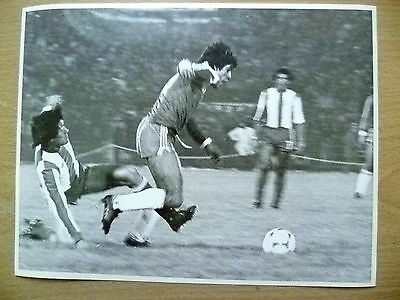 100% Press Photo-1981 WC Qualifying CHILE v PARAGUAY;Herrera & Torales in Action