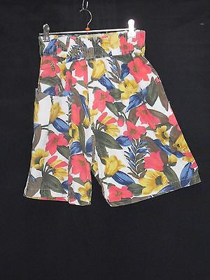 1980's Vintage Elastic High Waisted Cotton Shorts in Bright Bold Floral.