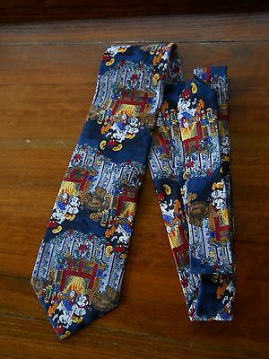The Disney Store 100%Silk Christmas Necktie Mickey & Friends by the Fireside 59""