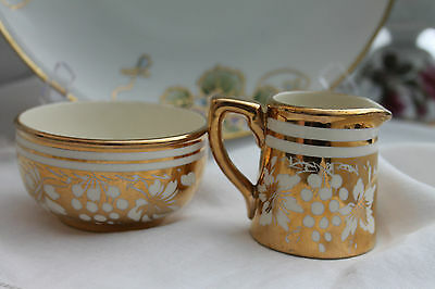 Sadler England Creamer And Sugar Bowl 1615 Gold Grapes