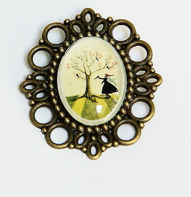 Vintage Style Bronze Tone glass cameo Brooch Girl and birds Handmade, New