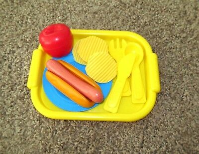 Fisher Price Fun with Food  Yellow Tray Plate Hotdog Chips   +++ Lot G7