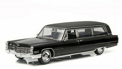 1966 Cadillac S&S Hearse Greenlight Precision Coll. Diecast Model PC18002