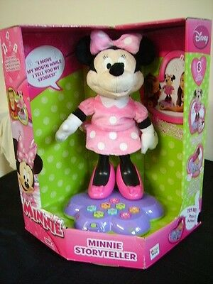 Minnie Mouse Walt Disney Toy New Pink Musical Storytelling Set Play Toys