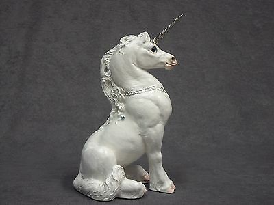 Windstone Editions * Snow White Young Unicorn * Fantasy Mythical Statue Figurine