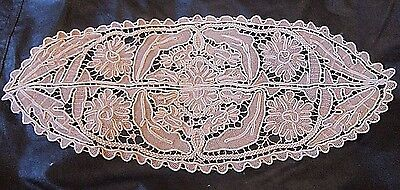 Antique Vintage Venetian Rose Point Needle Lace Beige Center Piece with Braiding