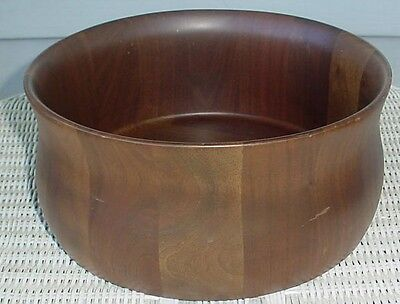 SOLID AMERICAN WALNUT BOWL Diversified Industries Division Lebanon MO.
