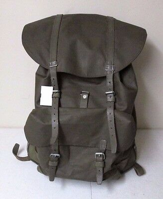 VTG Swiss Army Canvas Rubberized Backpack ~ Mountaineering ~ Leather ~ Military