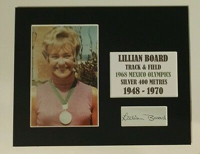 """LILLIAN BOARD 1968 OLYMPICS  SIGNED MOUNTED DISPLAY 10""""x 8"""" VERY RARE SIGNATURE"""
