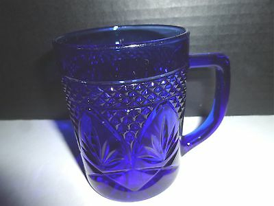 """Arcoroc French Cobalt Blue Floral Diamond Embossed 4"""" Mugs Lot of 3"""