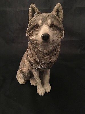 "Sandicast Sitting Wolf Gray 1999 Sandra Brue Large 8.5"" Figurine/Sculpture"