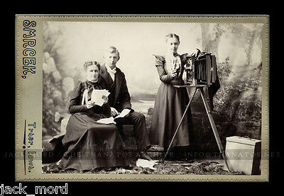 Superb Lady Photographer With Camera 1890S Cabinet Card Photo ~ Iowa