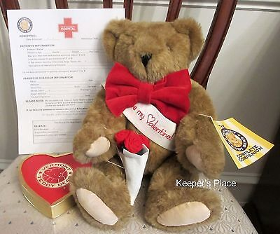 Vermont Teddy Bear BE MY VALENTINE With Roses Sash Bow Tie Heart Shaped Box