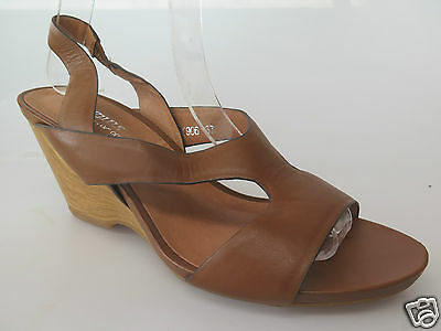 $40 Clearance - Gamins - new ladies leather sandals size 37 / 6.5 #46