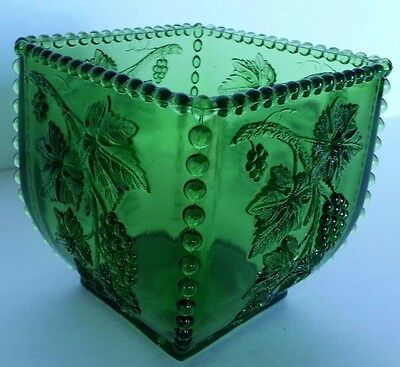 Vintage EAPG Emerald Green California Glass Beaded Embossed Grape Candy Dish