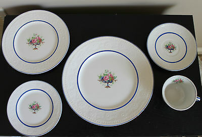 Alfred Meakin Argyle Blue Pattern China 5 piece setting