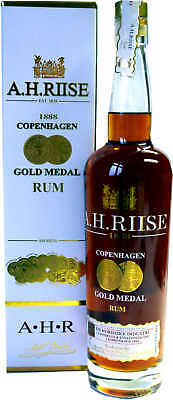 A. H. Riise Gold Medal Rum 0,7 l 40% vol