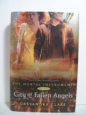 Clare, Cassandra CITY OF FALLEN ANGELS Signed US 1st NF