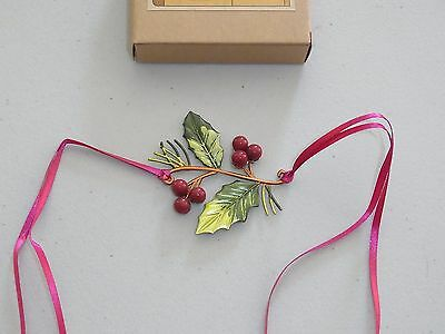 Longaberger 2011 Christmas Holiday Holly Berry Metal Tie On ~new~MIB