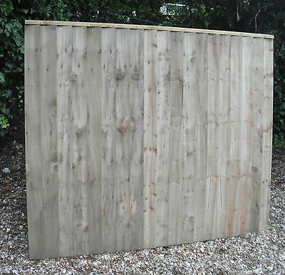 Heavy Duty Wooden Fence Panels 6 x 5 Tantalised Pressure Treated Feather Edge