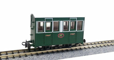 Peco 009 OO-9 Narrow Gauge GR-505 Talyllyn Railway (GVT) 4wheel coach w.buffers