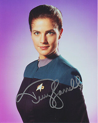 "Terry Farrell ""Star Trek: Deep Space Nine"" handsigniertes Foto, 20x25 cm, COA"