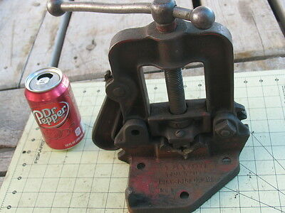 "Vintage REED Pipe Vise for up to 2-1/2"" Pipe  (#1 ) + bender,  Table mount"