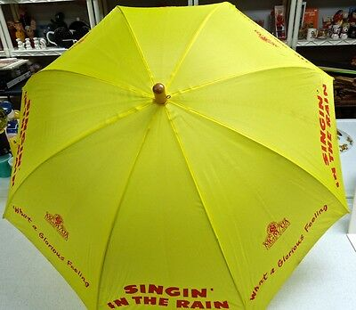 DEBBIE REYNOLDS Singing In The Rain YELLOW UMBRELLA - PROMO ONLY VERY RARE