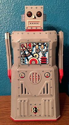 -VINTAGE TIN TOY ROBOT-battery Operated 80's Robot Tested And It WORKS!!