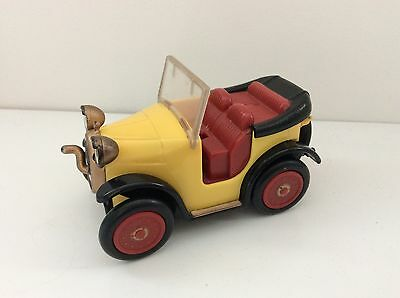 "5"" Brum Toy Car - Wobbly Wheel Drive/ Push Along Action - Golden Bear 2001"
