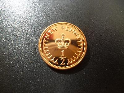 1977 Proof Halfpence Coin. 1977 Proof 1/2P Coin Some Toning.
