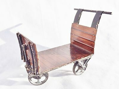 105 :Vintage(1901-28) Marklin 3 Wheel Baggage Trolley-Hand Enamelled Large Scale