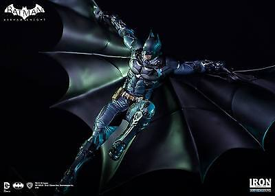 Iron Studios Batman From Batman: Arkham Knight 1:10 Polystone Statue ~Brand New~
