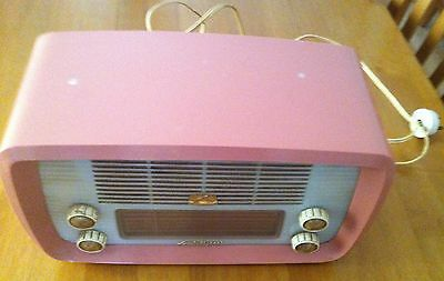 His Majestys Voice HMV Little Nipper Valve Radio 64-52 Pink