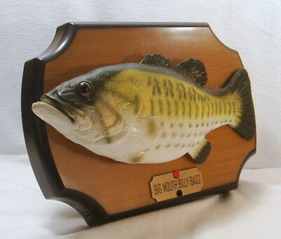 1999 Singing Big Mouth Billy Bass Take me to the river & Don't worry be happy