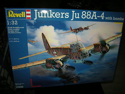 1:32 Revell Junkers Ju 88A-4 with bombs Nr. 03988 OVP