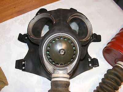 WWII Gas Mask No.4 A.  in Original Bag - Museum Condition