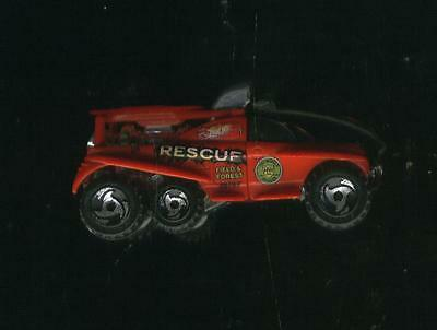 XS-IVE Rescue Field / Forest Red #40 1st Edition 2000-2001 Hot Wheels Truck RARE